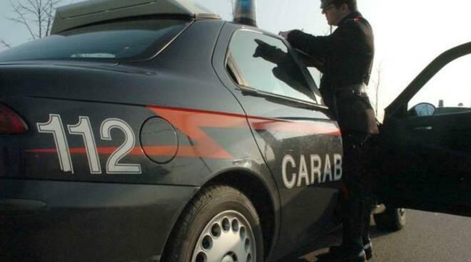 carabinieri-durante-i-rilievi-con-la-gazzella.jpg