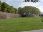 Lucca.city_walls01.jpg