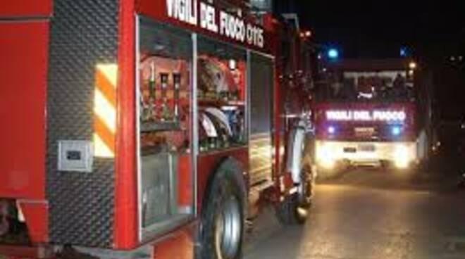 pompierinottecoreglia.jpg