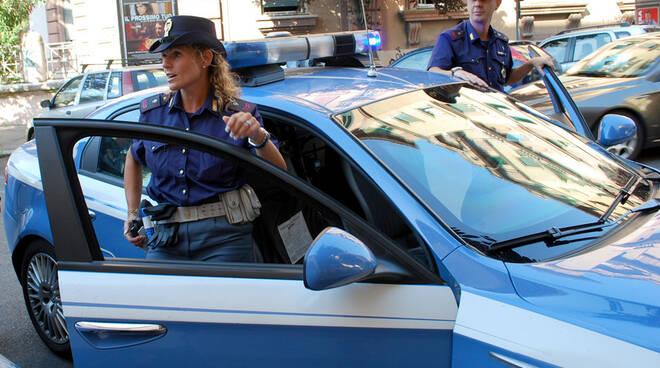 polizia_23_original-2.jpg