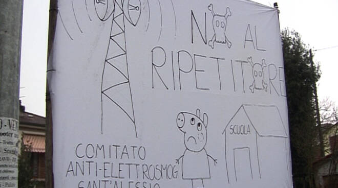 santalessio-proteste-nuova-antenna-290115-1.jpg