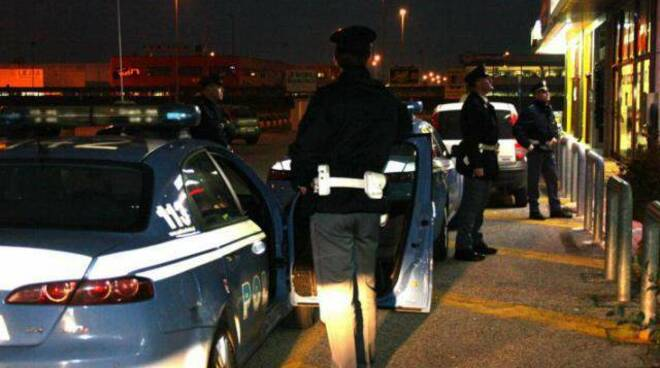 polizia-controlli-notte.jpg