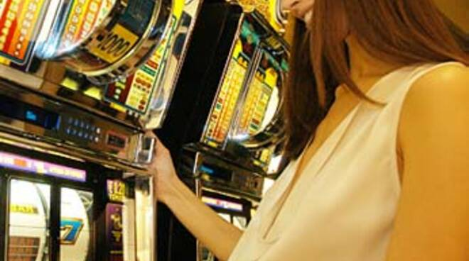slot_machines_e_troione.jpg