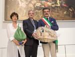 Marchetti_con_il_pane_a_Milano_Refettorio_Ambrosiano__16-6-15.jpg