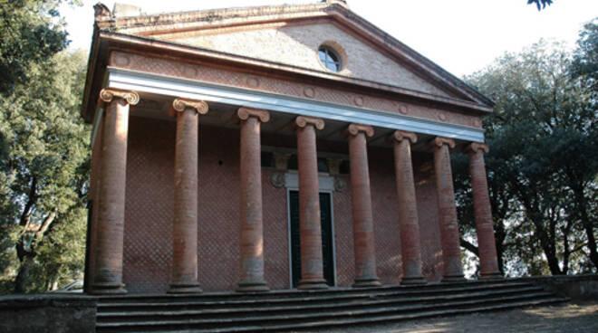 tempio_Minerva_Medica_Montefoscoli.jpg