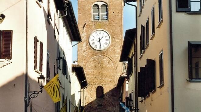 Castelfranco_di_sotto_centro_storico.jpg