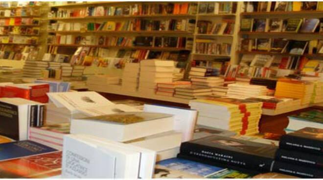 Libreria_Roma_Pontedera.jpg