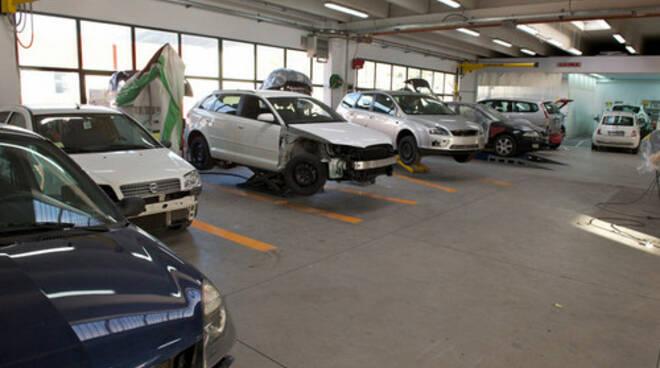 ripar-di-carrozzeria-auto-g.jpg