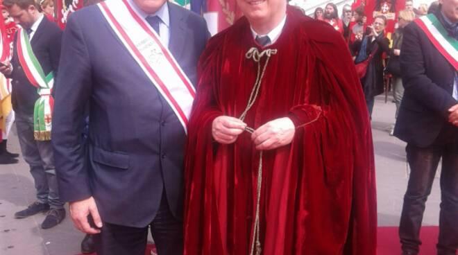 Il_presidente_del_Consiglio_regionale_Eugenio_Giani_con_il_sindaco_di_Pisa_Marco_Filippeschi.jpg
