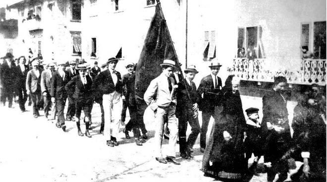 Sciopero_1_maggio_1910.jpg