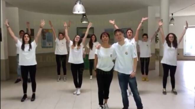 flash_mob_it_cattaneo.png