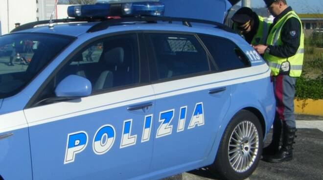 poliziacontrolli.jpg