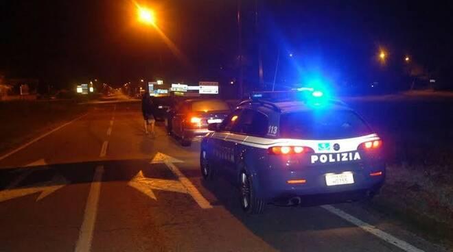 polizia_notte.jpg