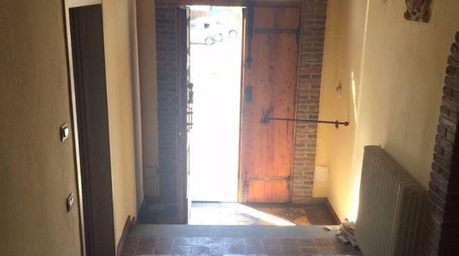 Appartamento_mafia_Montopoli_5_tagliata.jpg