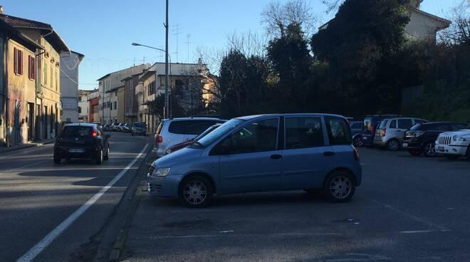 parcheggio_senza_nome.jpg