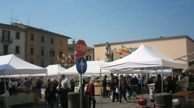 eventi_in_piazza_montanelli.JPG