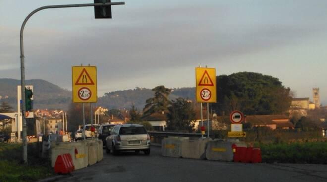 ponte_cascine_di_buti.jpg