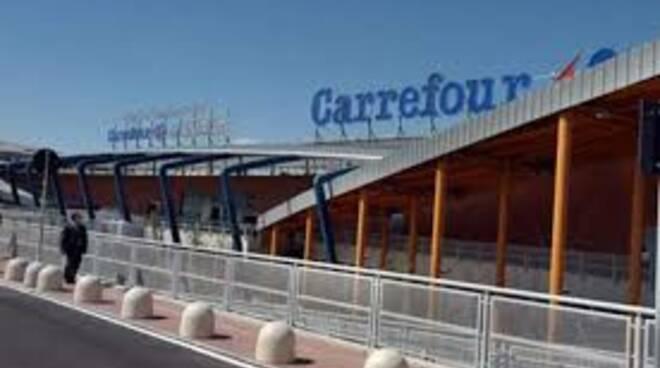 carrefourlucca.jpg