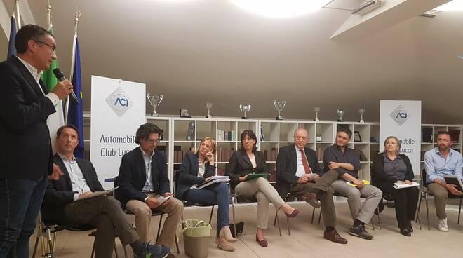 Confronto_candidati_sindaco_-_Aci_Lucca.jpg