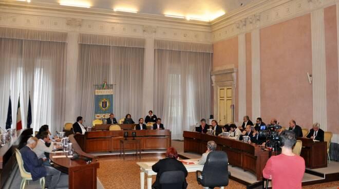 Consiglio_provinciale_Lucca.JPG