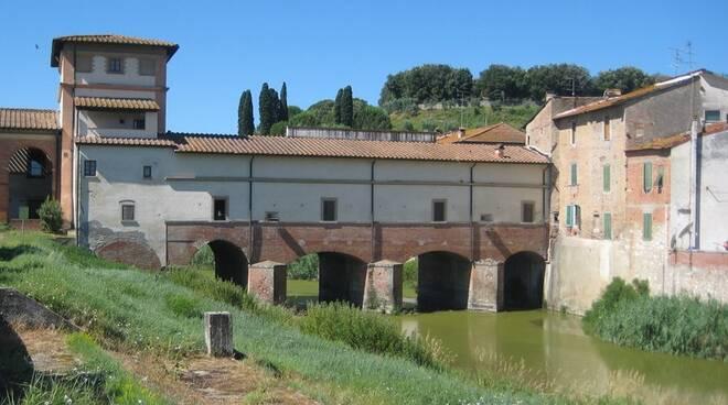 ponte_mediceo_Cappiano.jpg