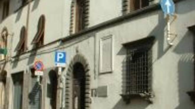 borgo_a_mozzano_biblioteca.jpg