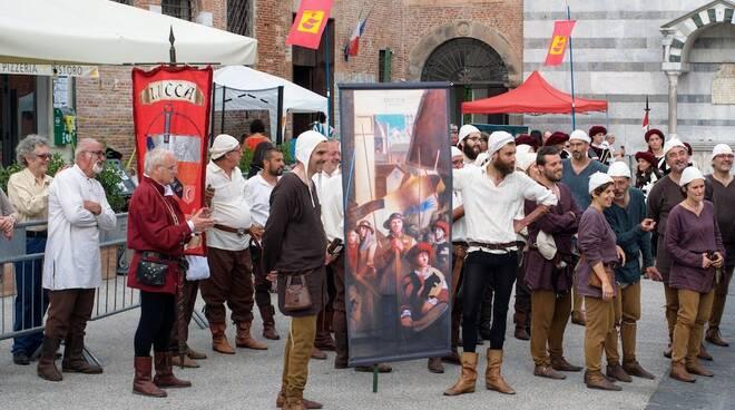 Lucca_Medievale_444.jpg