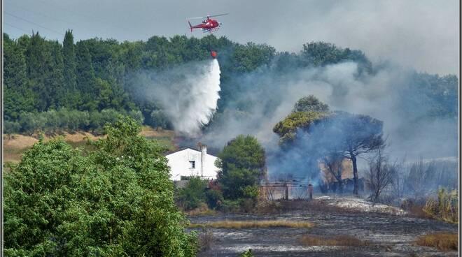 incendio_elicottero.jpg