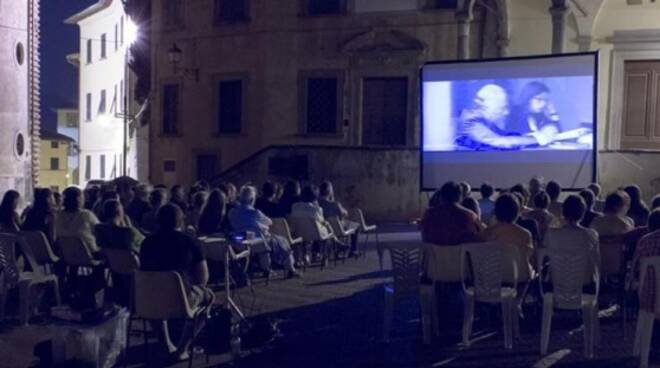 cinema_sotto_le_stelle_salamartano.jpg