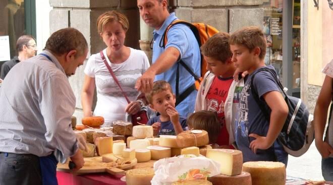 formaggiofiera.jpg