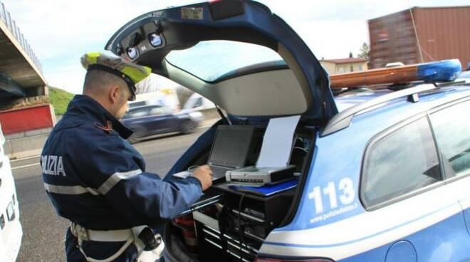 poliziacs.jpg