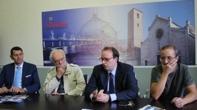 Foto_conferenza_stampa_Premio_Rosselli_Capotondi.JPG