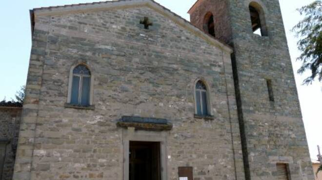 Villa_Collemandina-chiesa_ss_sisto_e_margherita-facciata2.jpg