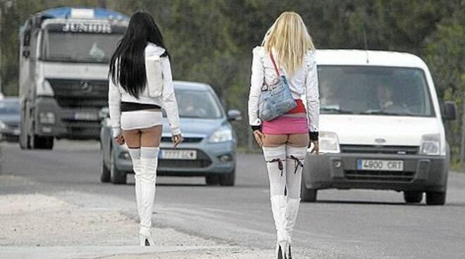 prostitute_due.jpg