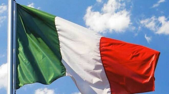 bandiera-italiana-597x422.jpg