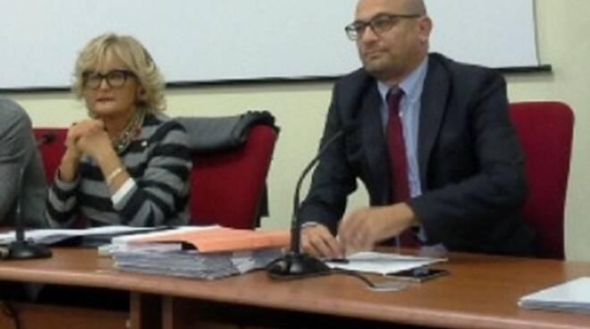 da_sinistra_Prefetto_Angela_Pagliuca_e_Sindaco_Simone_Millozzi.jpg