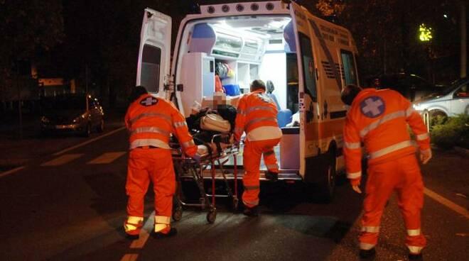 ambulanza_notte_2.jpg