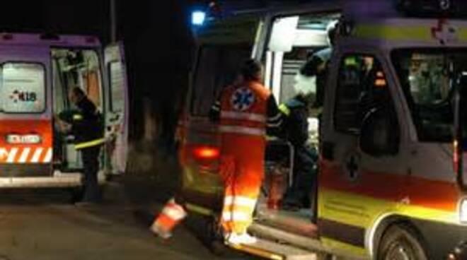 ambulanza_notte_est.jpg