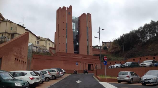 parcheggio_ospedale1.JPG