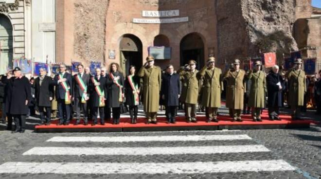 foto_cerimonia_granatieri_di_Sardegna_2.jpg