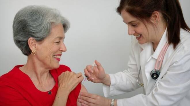 Vaccinoanziani.jpg