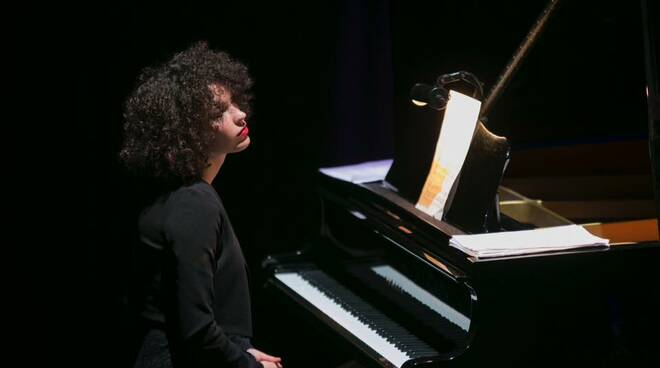 neruda_pianista.jpg
