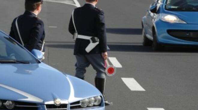 Polizia_stradale_Firenze_-_immagini.jpg