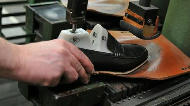 lavoro-scarpe-industria-calzaturiera-2.jpg