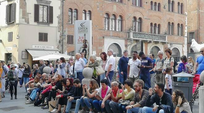 Lucca_classica_San_Michele.jpg
