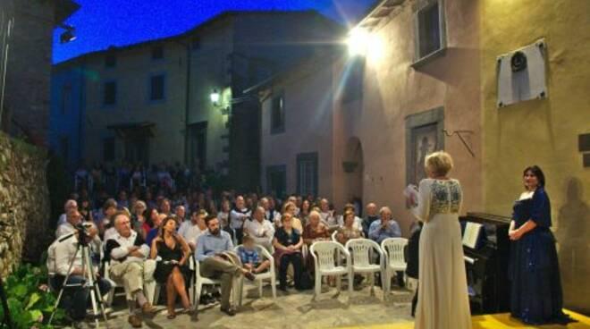 celle_omaggia_puccini_5.jpg