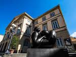 Deredia_a_Lucca_-_piazza_del_Giglio.jpg