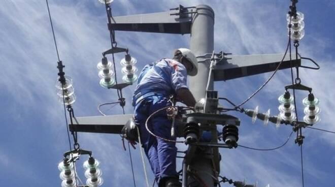 interruzione-energia-elettrica.jpg