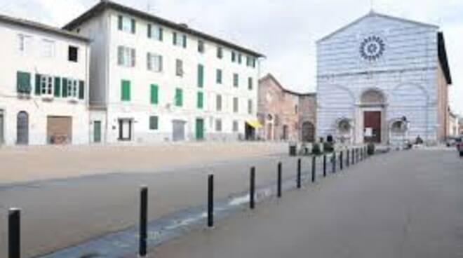 piazzasfrancesco.jpg