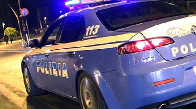 polizia-nottepoliziotti-2.jpg